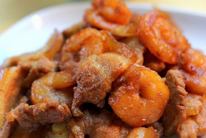 Thịt ba chỉ rim tôm khô đơn giản